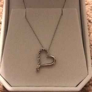 Diamond heart necklace!!